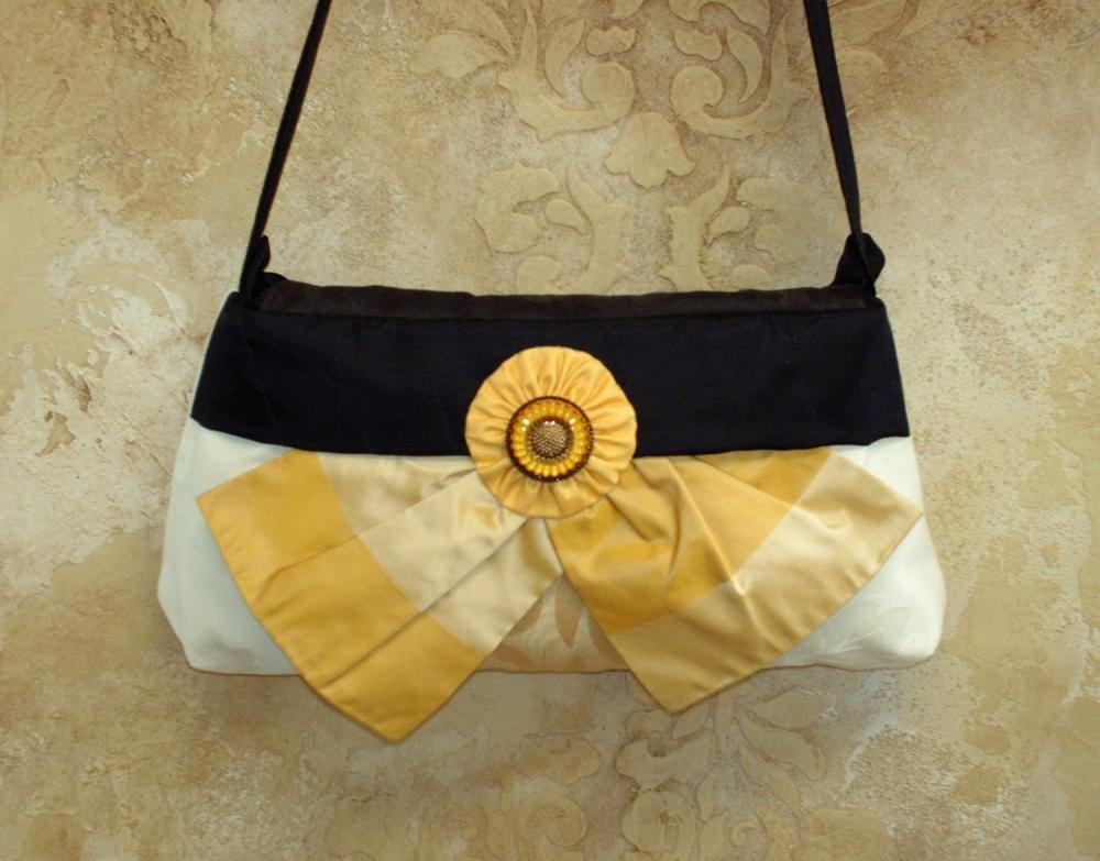 Preakness Black Eyed Susan Clutch, Handbag, Carolina Moon Designs